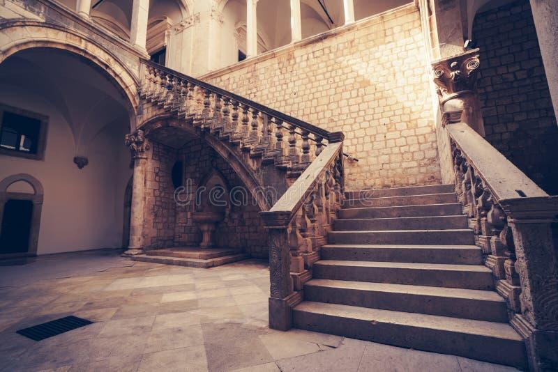 El palacio del rector, dvor de Knezev en Dubrovnik, Croacia imágenes de archivo libres de regalías