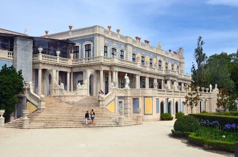 El palacio nacional de Queluz, Portugal fotos de archivo