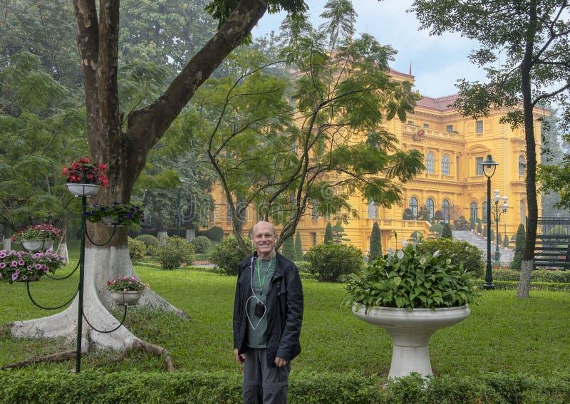 El palacio presidencial de Vietnam, situado en la ciudad de Hanoi, fue construido entre 1900 y 1906 para contener la Gobernador-G imagen de archivo