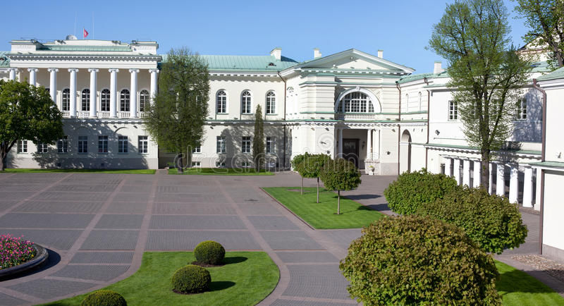 El palacio presidencial en Vilnius fotografía de archivo libre de regalías