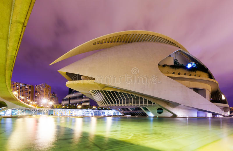 Download El Palau De Les Arts Reina Sofia In Night. Valenci Editorial Image - Image of exterior, house: 34345905