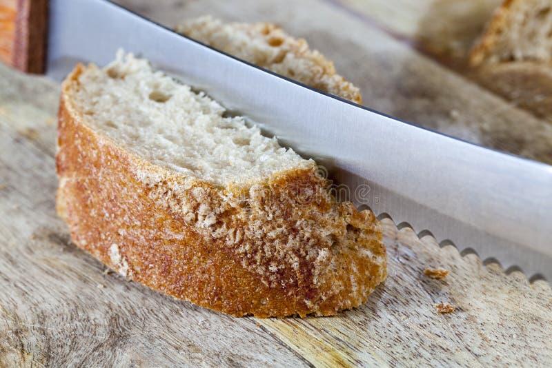 el pan cortó en pedazos fotos de archivo libres de regalías