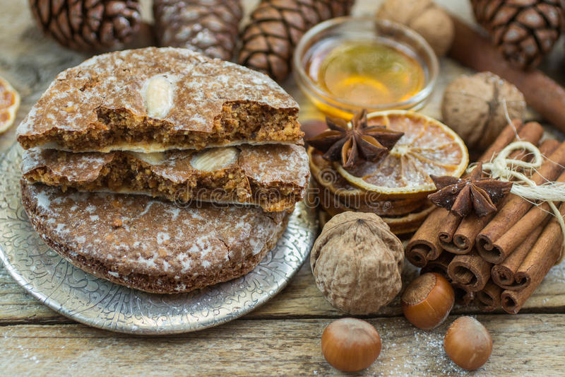 El pan de jengibre de Nuremberg es una invitación tradicional de la Navidad imagenes de archivo