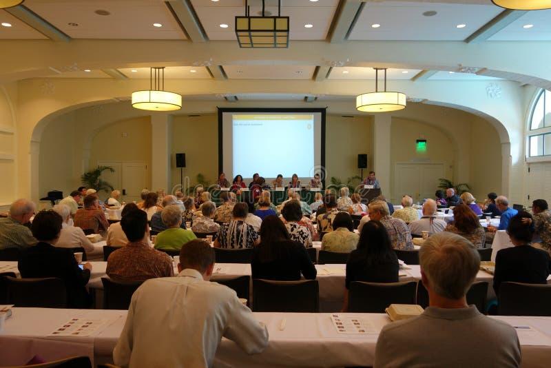 El panel habla con el sitio sobre negocio fotos de archivo libres de regalías