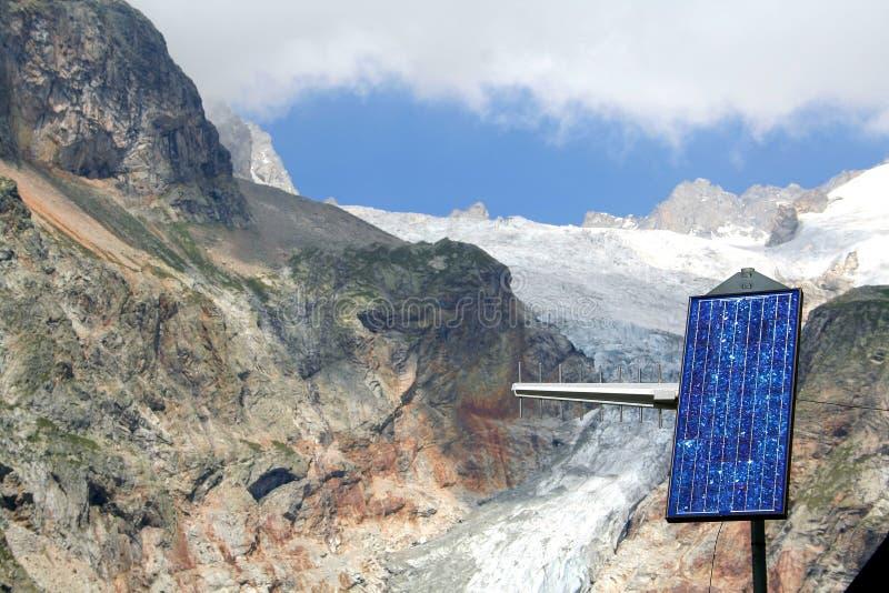 Download El panel solar imagen de archivo. Imagen de batería, solar - 7283895