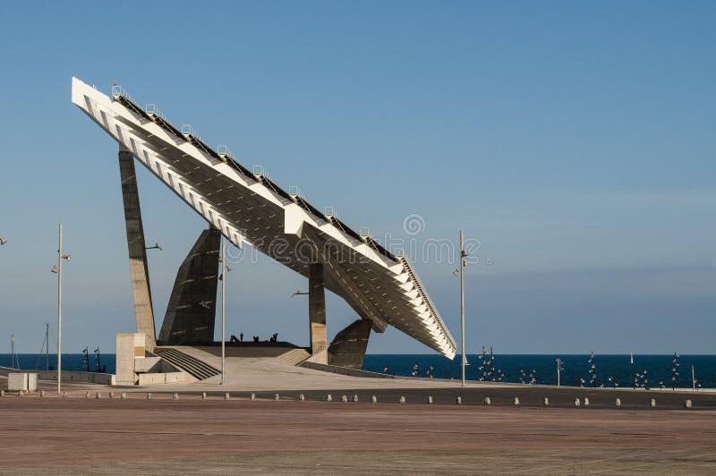 El panel solar gigante, Parc del Forum, Barcelona, Cataluña, España fotografía de archivo libre de regalías