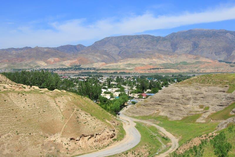 El panorama de la ciudad de Penjikent, Tayikistán foto de archivo