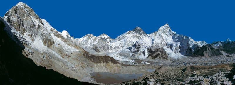El panorama de la gama de Everest de Kalapatthar imágenes de archivo libres de regalías