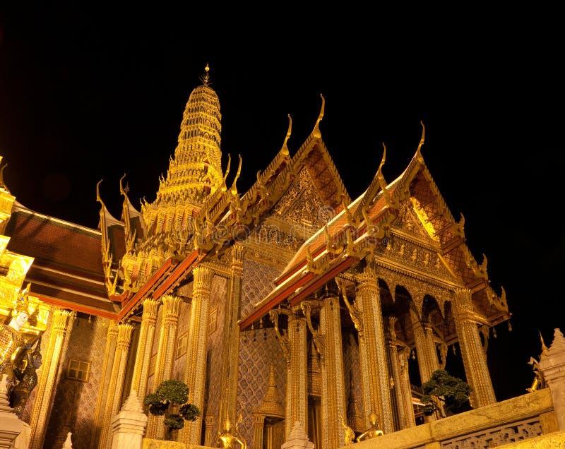 El panteón real en Wat Phra Kaew en Bangkok fotos de archivo libres de regalías