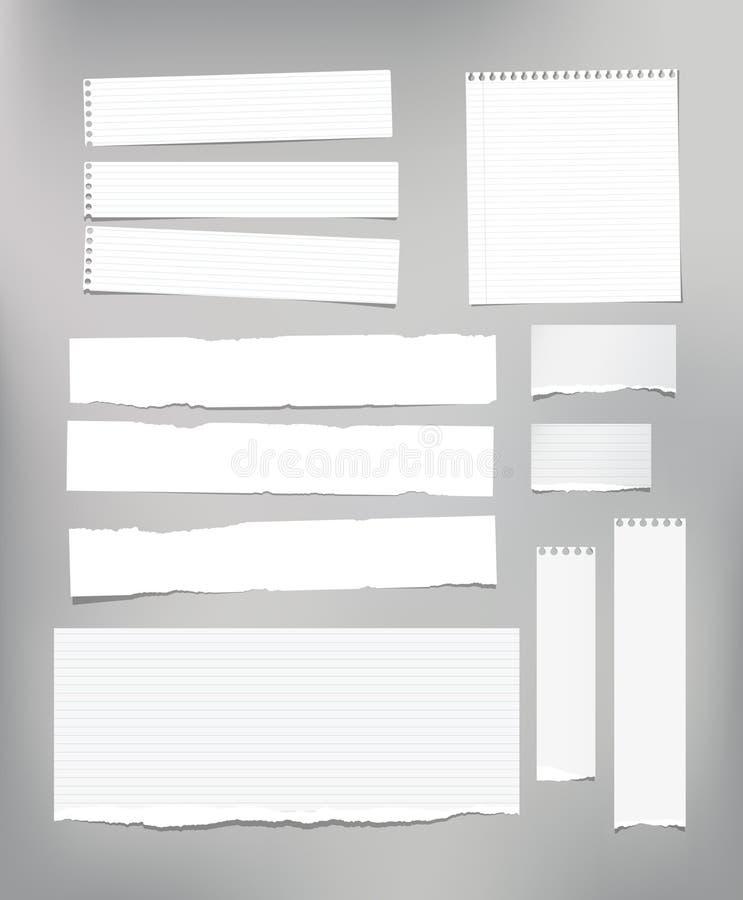 El papel de nota rayado blanco, cuaderno, hoja del cuaderno se pegó en fondo gris claro stock de ilustración