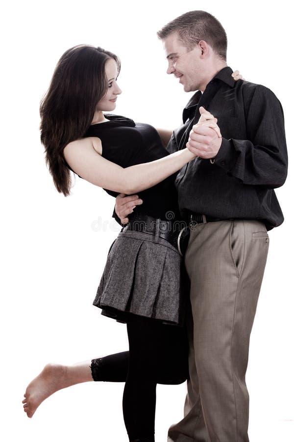 El par está bailando fotos de archivo
