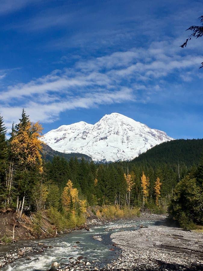 El paraíso Nevado, monta más lluvioso fotografía de archivo