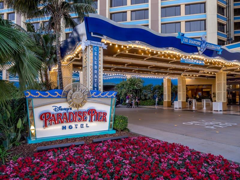 El paraíso Pier Hotel de Disney fotos de archivo libres de regalías