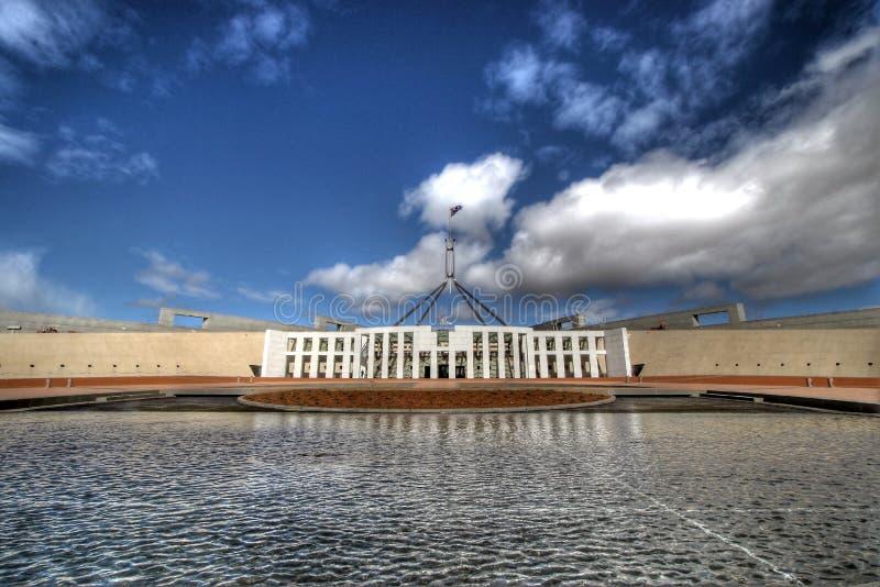 El parlamento australiano contiene foto de archivo