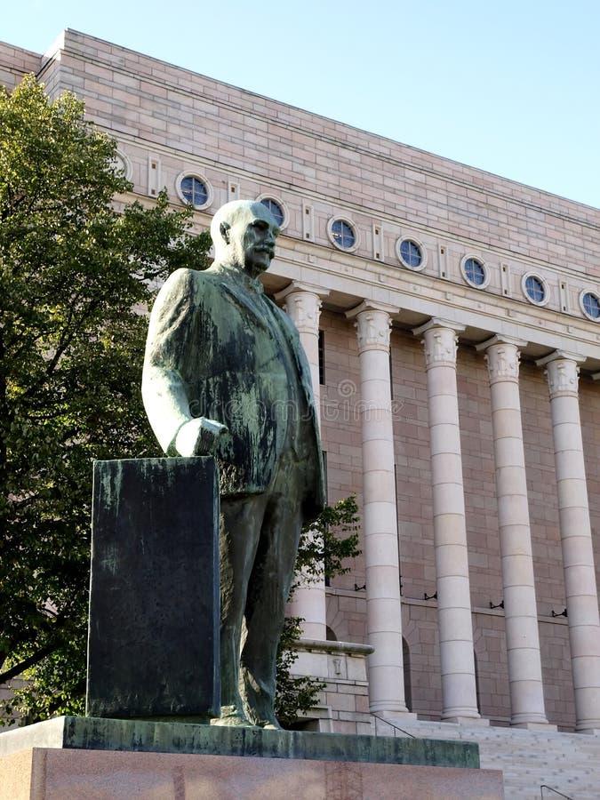El parlamento de Finlandia imagenes de archivo