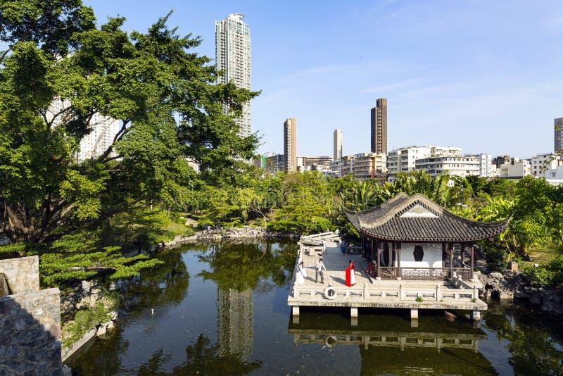 El Parque de la Ciudad Amurallada de Kowloon fotos de archivo