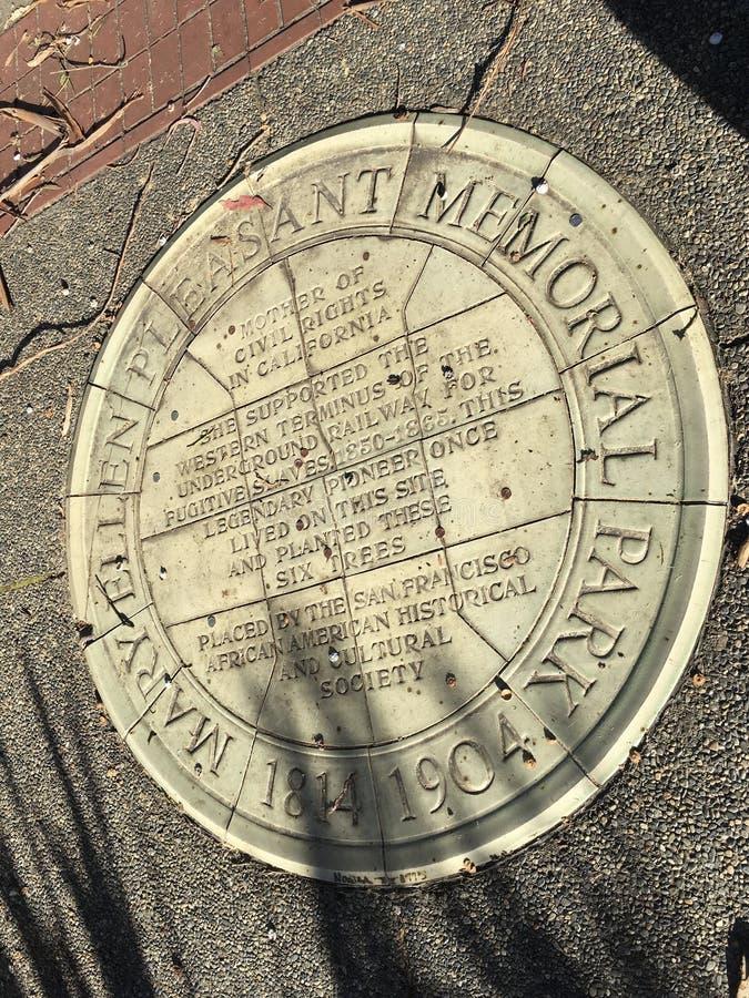 El parque oficial más pequeño del ` s de San Francisco, nombrado para su primer activista de las derechas civiles, 3 fotos de archivo