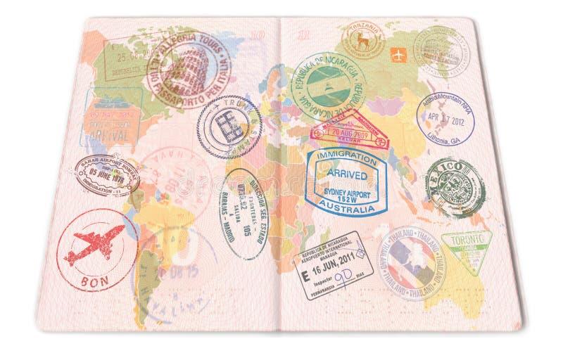 El pasaporte sella el fondo con los diversos países primer fotos de archivo