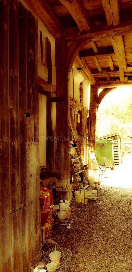 El pasillo de madera imágenes de archivo libres de regalías