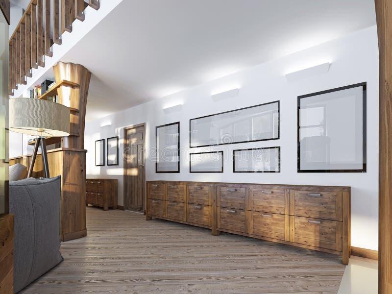 El pasillo en un desván-estilo con el revestimiento de madera y las pinturas de madera encendido foto de archivo