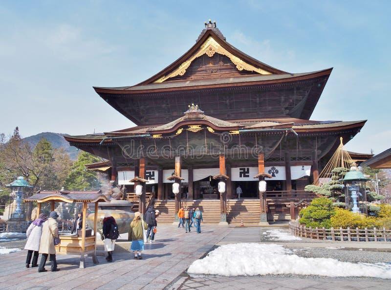 El Pasillo principal del templo de Zenkoji fotografía de archivo libre de regalías