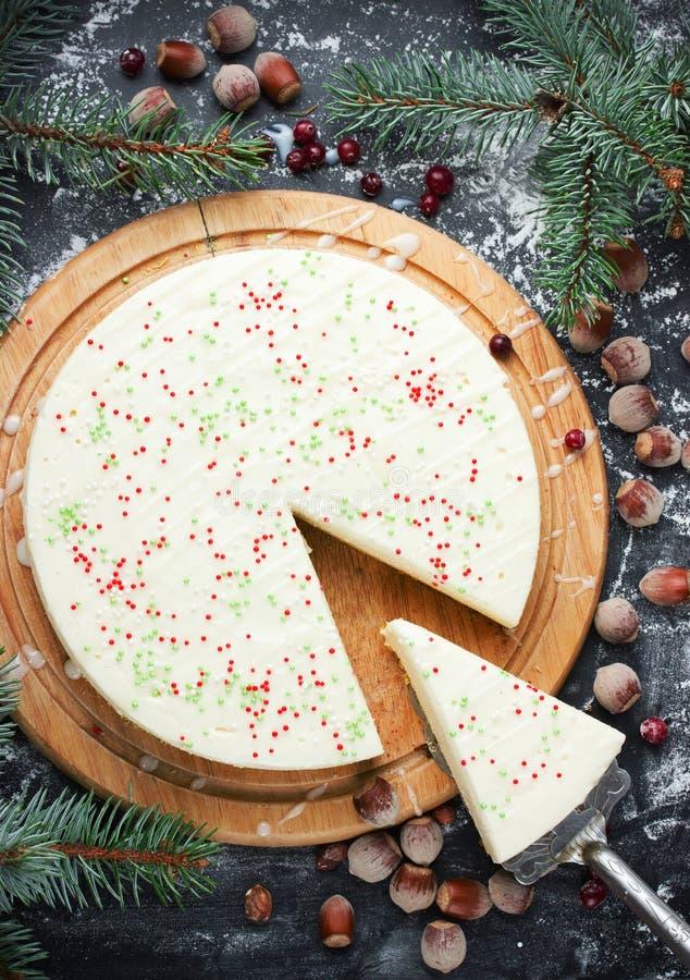 El pastel de queso Nueva York para la Navidad y el Año Nuevo van de fiesta imagenes de archivo