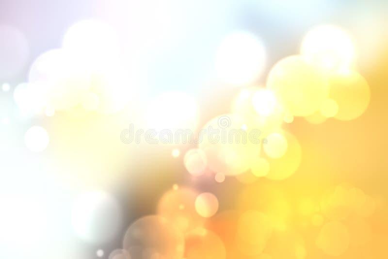 El pastel nublado abstracto colorido coloreó el fondo suave del bokeh Pendiente del oro amarillo a blanco Espacio para el texto foto de archivo