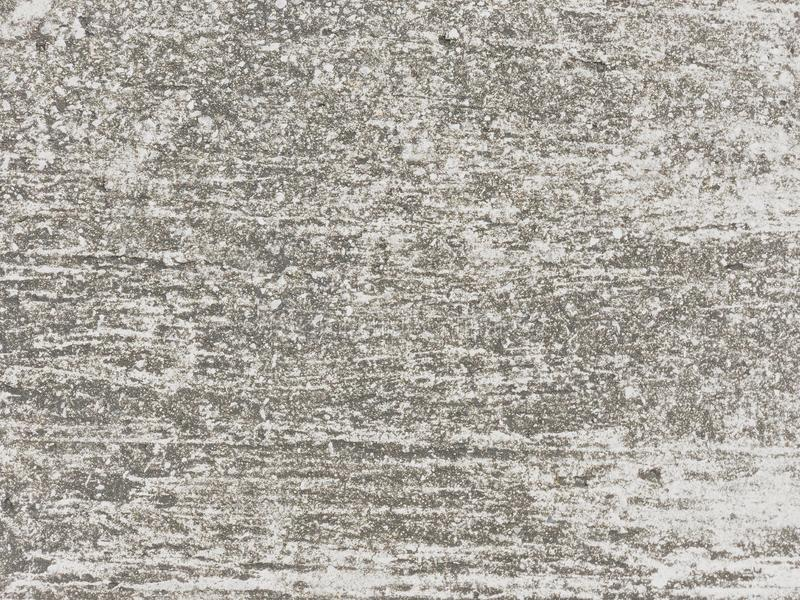 El pavimento gris ?spero pero nosotros tenemos que caminar a trav?s imagenes de archivo