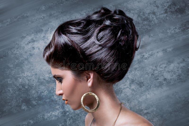 El pelo elegante hace fotografía de archivo libre de regalías