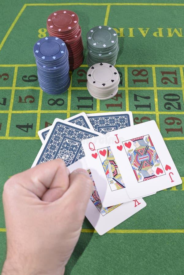 El perder en el póker imagen de archivo