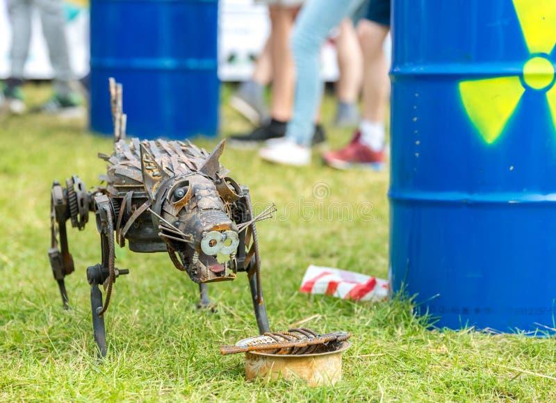 El perro del metal imagenes de archivo