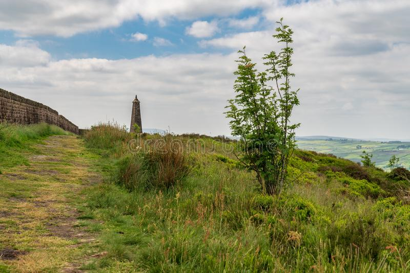 El pináculo de Wainman, cerca de la cubierta, North Yorkshire, Inglaterra, Reino Unido imagen de archivo libre de regalías