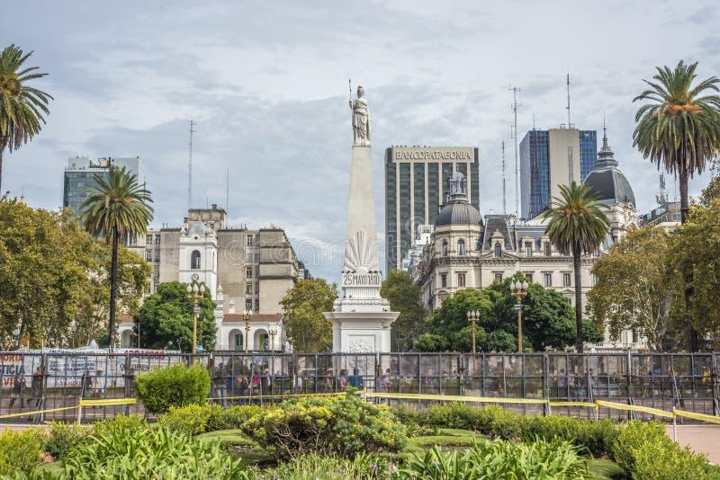El Piramide de Mayo en Buenos Aires, la Argentina fotografía de archivo
