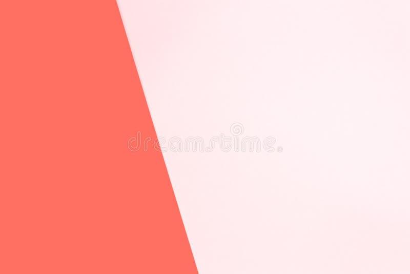 El plano moderno azul y rosado del color doble pone el backgound Tema coralino de vida - color del año 2019 imagen de archivo libre de regalías