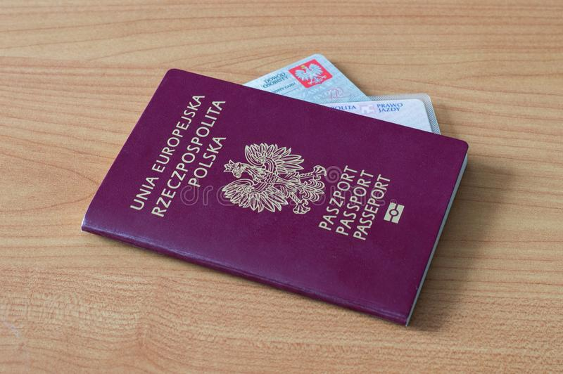 El polaco documenta el pasaporte, la licencia de conductor y la identificación foto de archivo