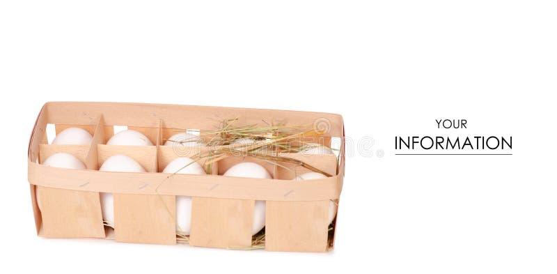 El pollo eggs en una caja de madera de modelo del heno fotografía de archivo