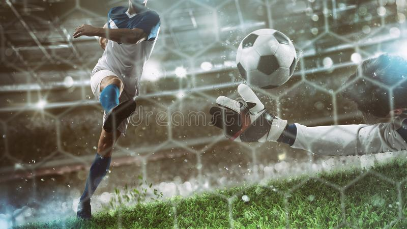 El portero coge la bola en el estadio durante un partido de f?tbol fotografía de archivo