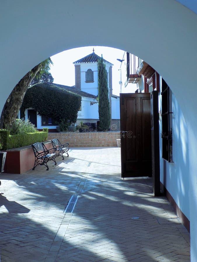 EL Porton centro-Alhaurin-de-la-Torre-Málaga Jardín-cultural foto de archivo