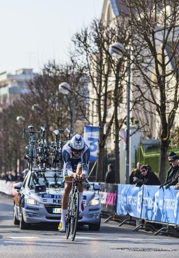 El Prólogo 2013 De Keizer Martijn- París Del Ciclista Niza En Houilles Foto editorial