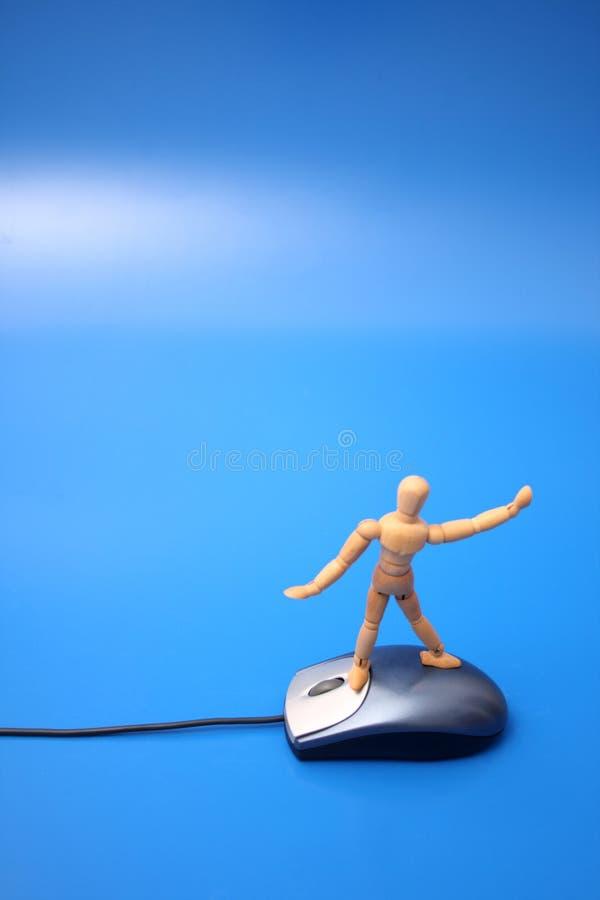 El practicar surf simulado en la red imagenes de archivo