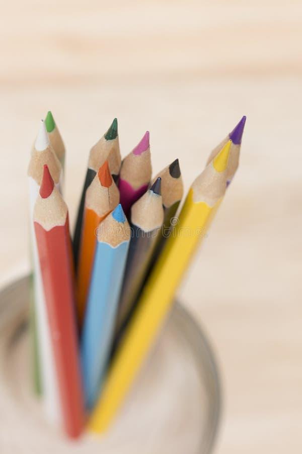 El primer dibujó a lápiz color fotografía de archivo