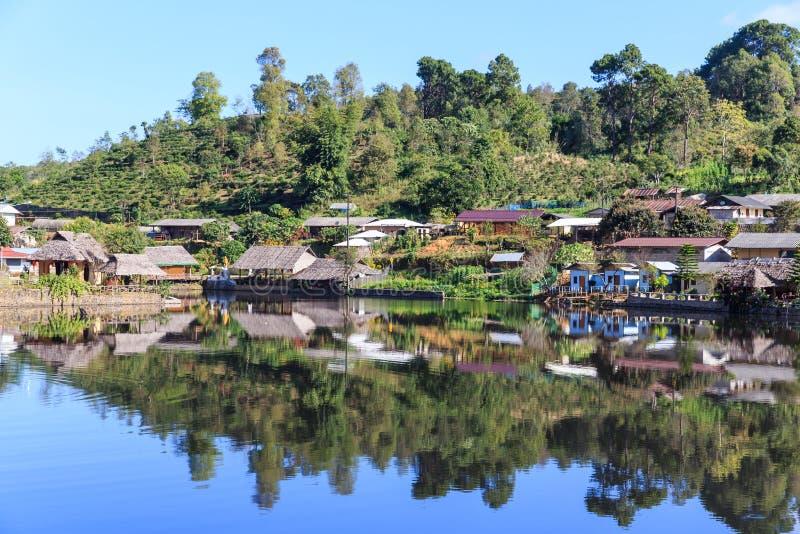 El pueblo viejo es pueblo tailandés de Rak en Pai, Mae Hong Son fotos de archivo libres de regalías