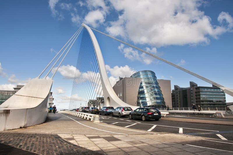 El puente de Dublín fotos de archivo libres de regalías