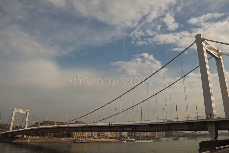 El puente de Elisabeth en Budapest fotografía de archivo libre de regalías