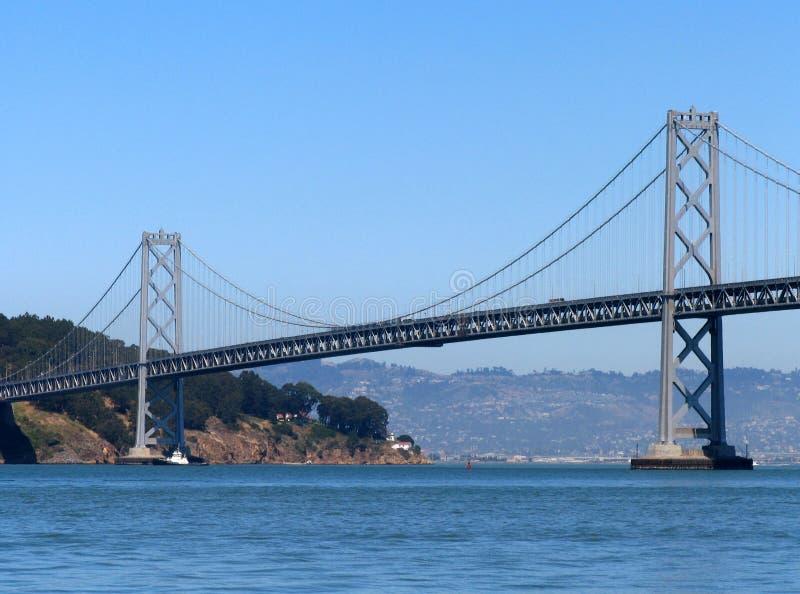 El puente de la bahía de San Francisco-Oakland imagenes de archivo