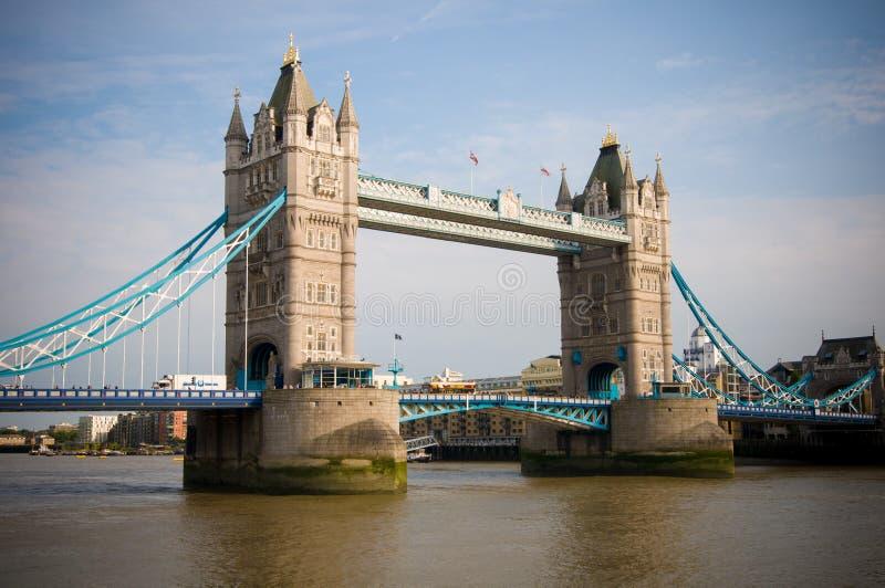 El puente de la torre foto de archivo