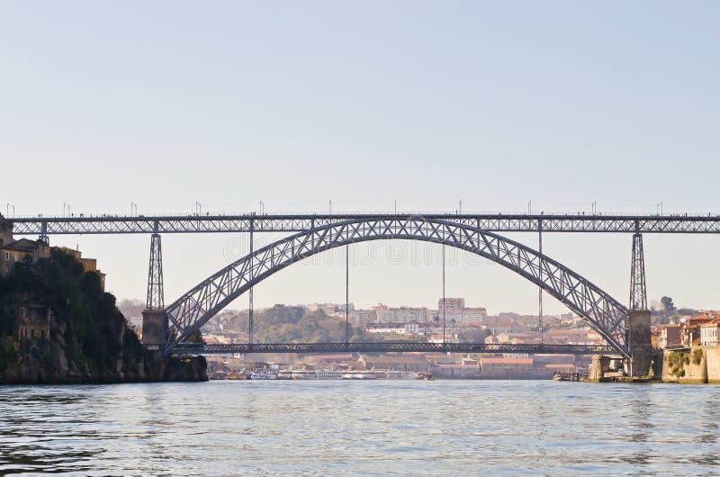 El puente de los Dom LuÃs I, Oporto, Portugal foto de archivo libre de regalías