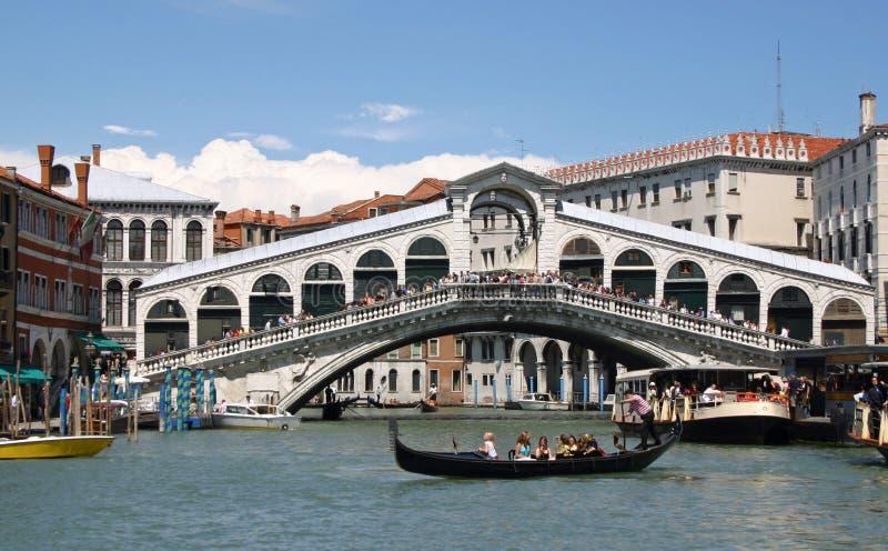 El puente de Rialto fotografía de archivo