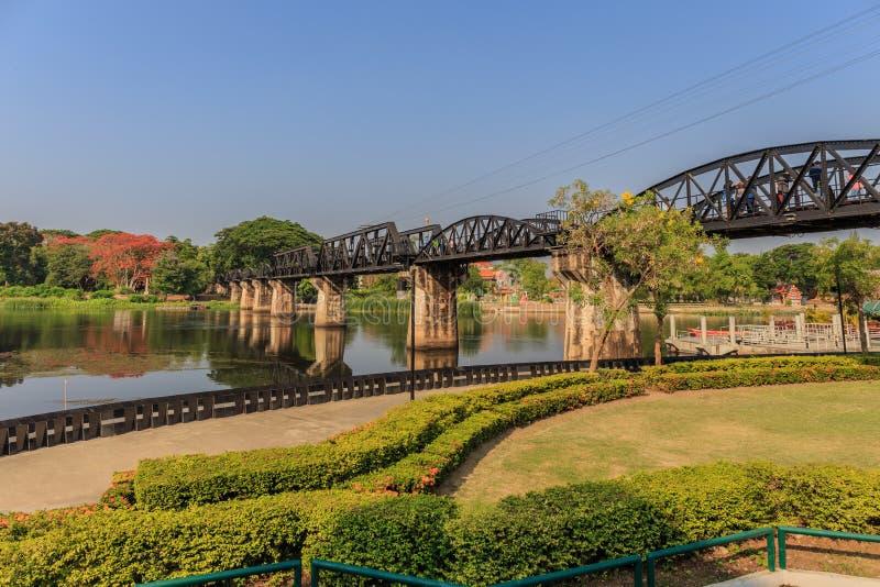 El puente del kwai del río foto de archivo