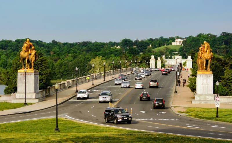 El puente del monumento de Arlington foto de archivo libre de regalías